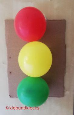 Dekoidee Ampel aus Luftballons