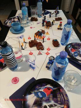 Dekoideen Geburtstagstisch Polizei