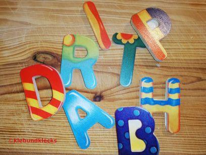 Holzbuchstaben für Lernspiele