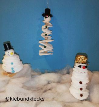 Schneemänner aus Watte-Pads