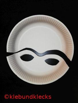 Masken aus Pappteller