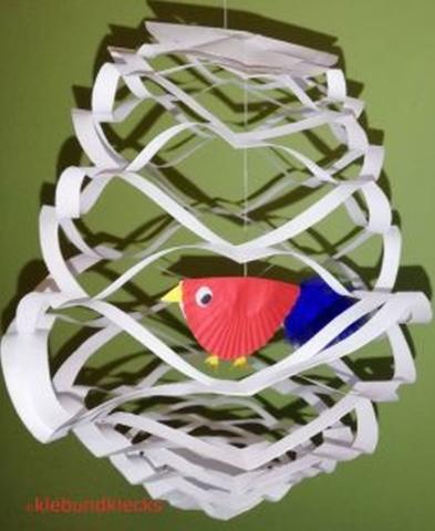 Scherenschnitt-Vogel