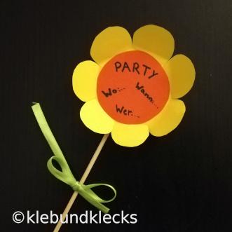 Blumeneinladung für Mottoparty Blütentraum