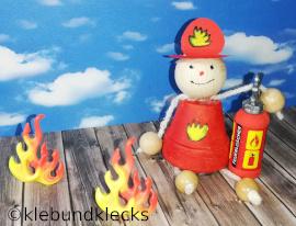 Feuerwehrmann aus Tontopf