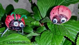 Marienkäfer aus Wattekugeln