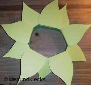 selbstgebastelte Faschingshüte: Blumen