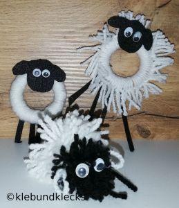 Schafe aus Wolle