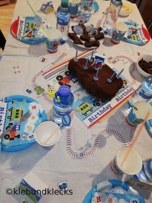 Zugdeko für Geburtstagstisch
