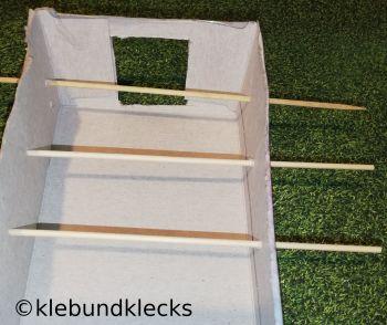Fußballspiel aus Taschentuchbox